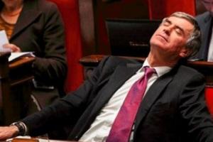 stop-frais-parlementaires-300