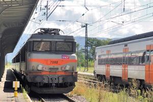 sncf-train-gare-suppression-300